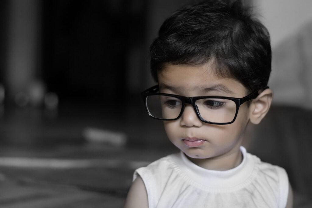 Él aumento de miopía en poco tiempo también puede deberse al crecimiento del niño